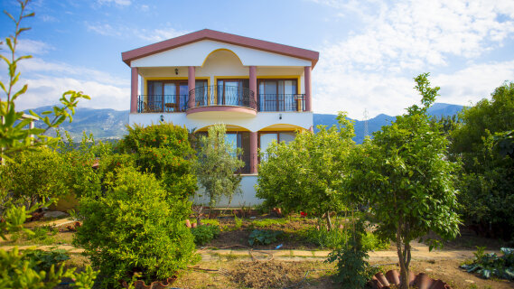 North Cyprus. Villa with green garden in Catalkoy