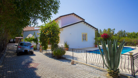 North Cyprus. Villa in Alsancak for sale