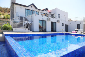 Very spacious villa with amazing views