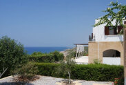 Spacious villa by the sea. Special offer!
