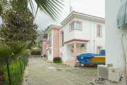 Big three-bedroom villa in Bogaz