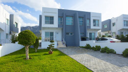 Semi-detached villa in the center of Kyrenia