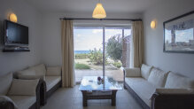 Beautiful 2 bedroom apartment with stunning views