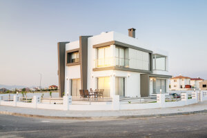 Villa 800 meters away from the sea
