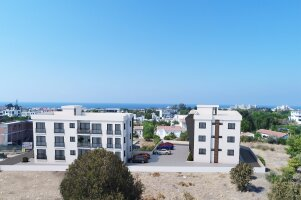 New three-bedroom apartments in Alsancak